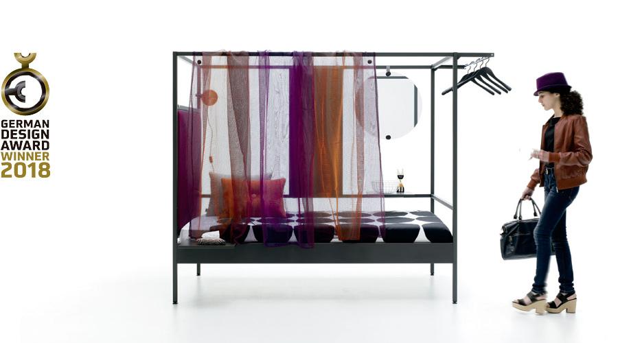 Nook Bed con cortina transparente